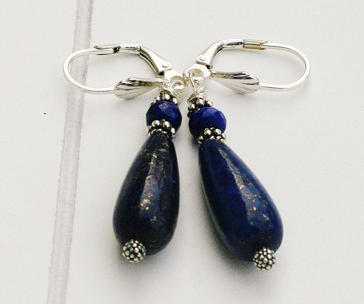 Een persoonlijke favoriet uit mijn Etsy shop https://www.etsy.com/nl/listing/500842815/bali-silver-jewelry-afghan-stones-bali