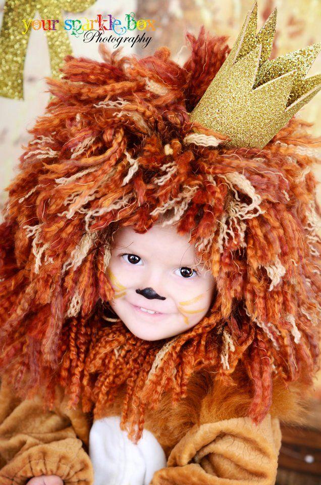 Lion costume I made for Halloween! check www.mamaweetjes.nl voor meer carnaval outfits voor kinderen!                                                                                                                                                      Más