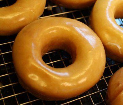 homemade krispy kremesCopy Cat, Homemade Krispie, Krispie Kreme, Kreme Donuts, Homemade Doughnuts, Doughnuts Recipe, Homemade Donuts, Krispy Kreme, Copycat Recipe