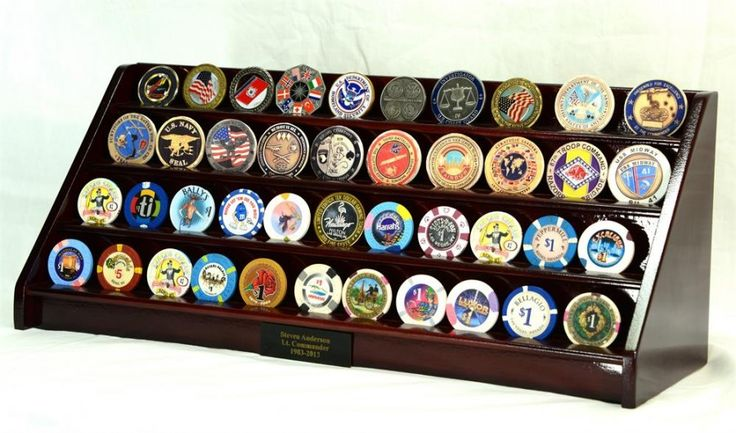 Presenting a challenge coin to notable members and special guests as a welcome sign and respect has been a common thing now. It's a good thing that the interest and popularity of challenge coin and military challenge coin display military challenge coin display is arising.