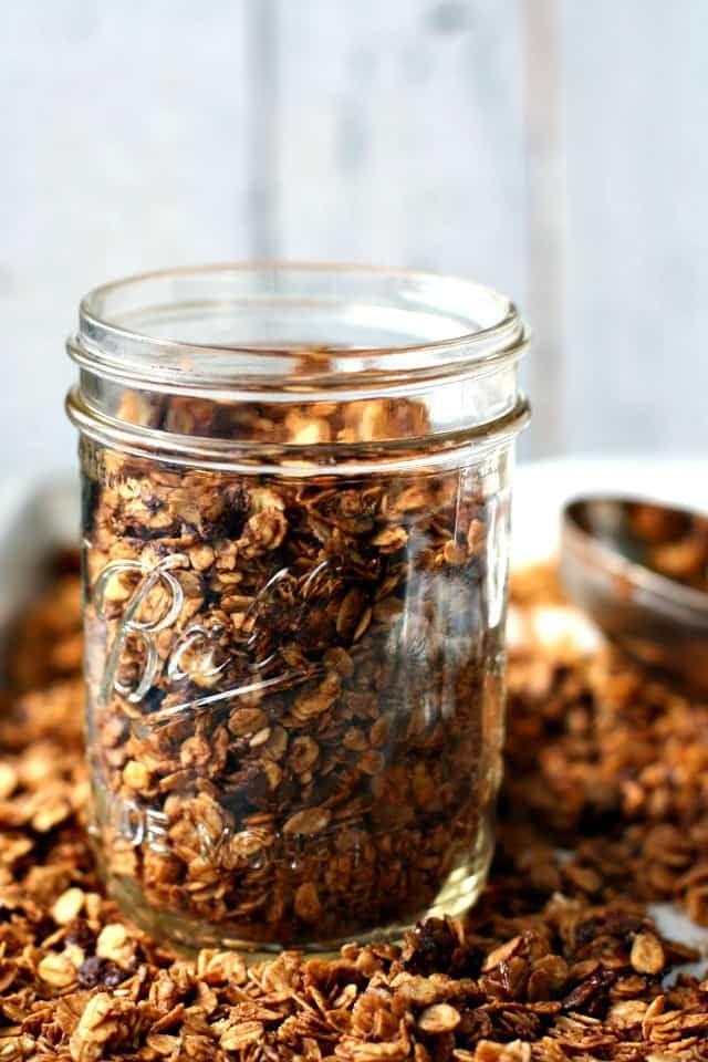 Double Chocolate Granola Recipe (Gluten Free, Vegan)