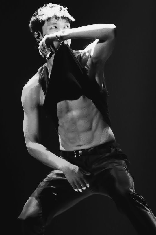 I thought we were good .... what happened ?! Why are you doing this to us ?♥♥♥♥ laaayyyy you sexy sweet unicorn