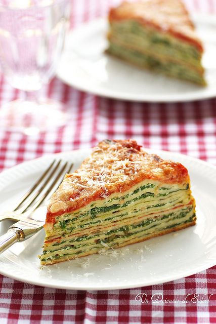 Crepe Lasagna with ricotta and spinach ~ A great spin on the traditional dish from Un Déjeuner de Soleil
