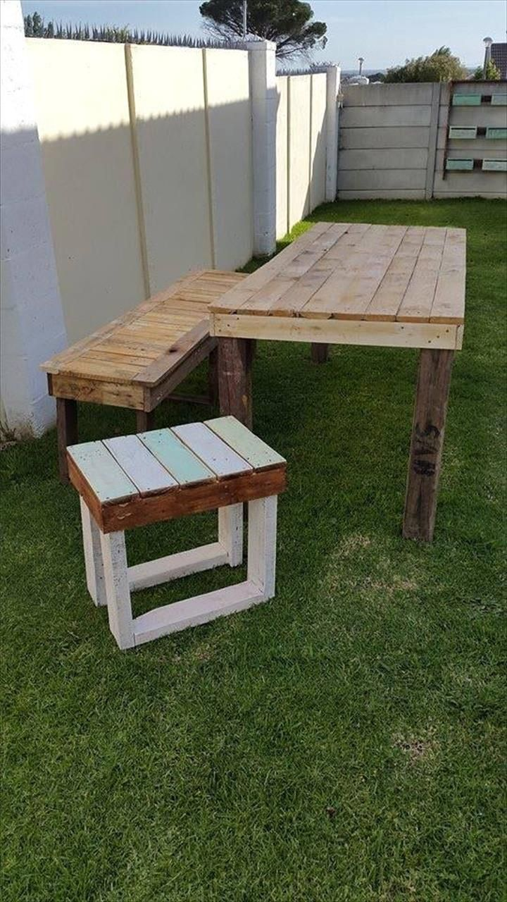 Solid roof pergola plans in addition park bench picnic table moreover - Diy Awesome Pallet Ideas To Make Your Home Better
