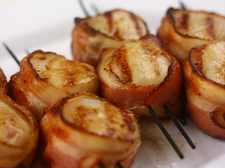 bacon wrapped scallops: Bacon Wraps Scallops, Smokers Recipe, Bacon Wrapped, Smoke Scallops, Food, Barbecues Recipe, Wraps Smoke, Baconwrapped Scallops, Favorite Recipe