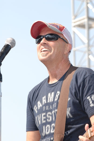 Mark Miller of Sawyer Brown! Seen this band April 4th and they were great!! Choctaw Event Center