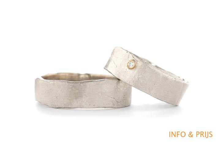 Eenvoudige zilver trouwringen