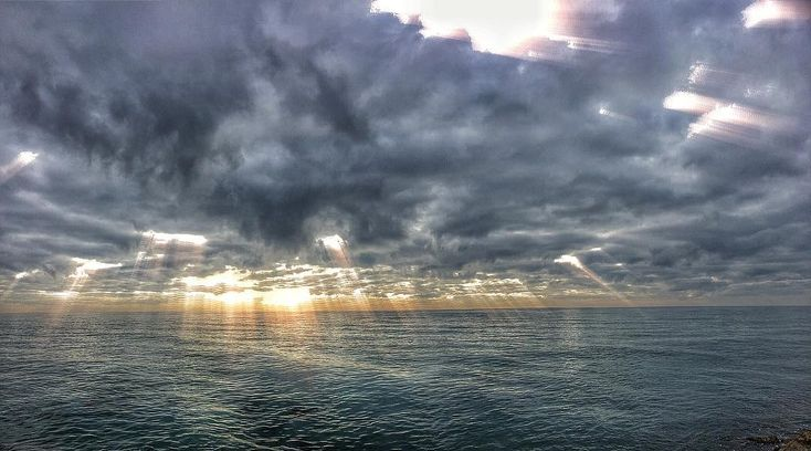 Christmas Clouds. #luisjardi #luis_jardi #sfxcentral #sounddesign #freesounds #film #clouds #sea #cubase #logicprox #protools #soundeffects