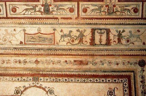 Domus fresco.jpg