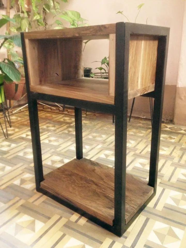 mesa de luz. diseño industrial. hierro y madera