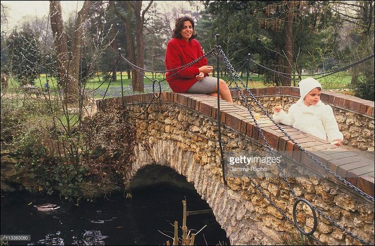 Christina Onassis And Her Daughter Athina Onassis-Roussel - On November 3Rd, 2005 - In France - Here, 1987