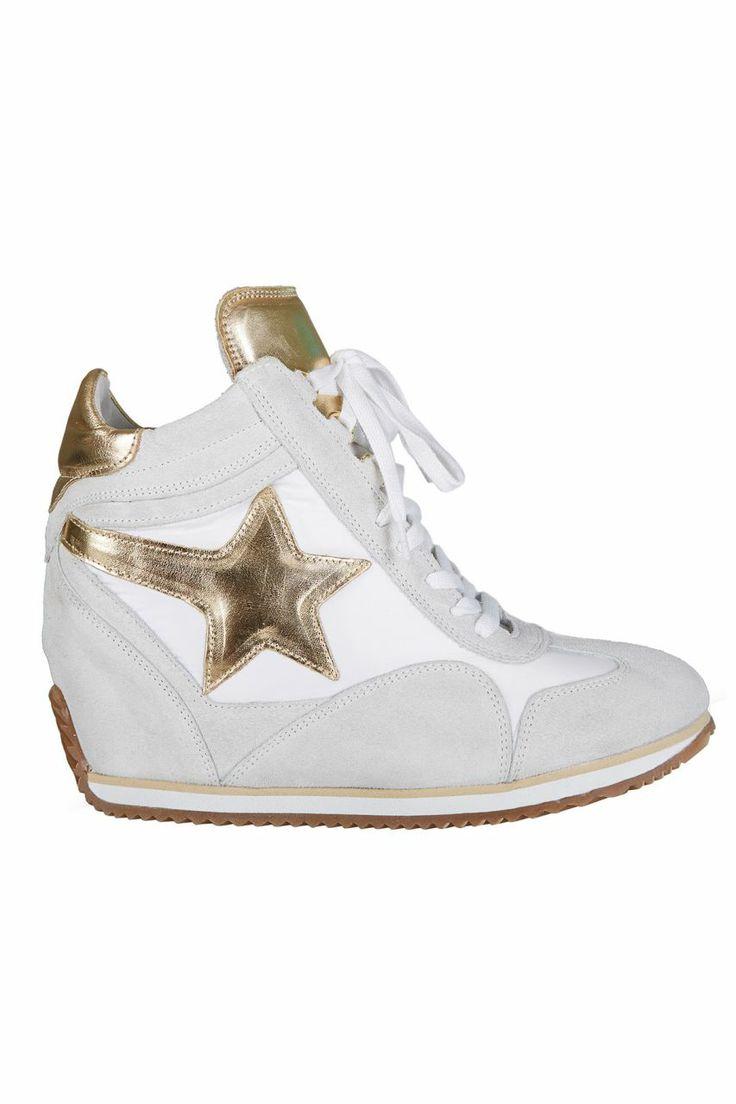 Dolgu Topuklu Spor Ayakkabı - Altın Yıldız | Trendy Topuk | Trendy Topuk | Ayakkabı | 150 TL ve üzeri alışverişlerinizde Kargo ücretsiz