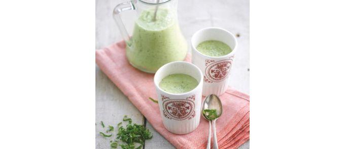 Groene gazpacho met amandelen & citroenmelisse - soepen.be