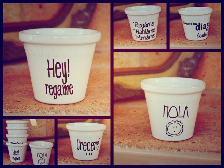 Macetas de porcelana con frases