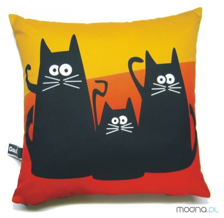 cats pillow - I'm swooning here.