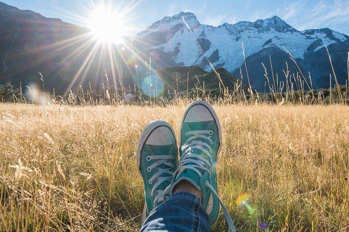 Cliche vakantiefoto's: Kijk mijn voeten hier eens