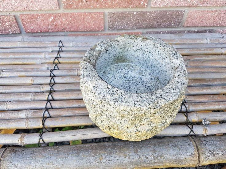 Lille granit krukke, RESERVERET    Afhentning på Kristoffersvej i Ringsted.  Søgeord: Granit, Granitsten, Figur, Granitfigur, Vand i haven, springvand, Vandløb, Japansk have, skulptur
