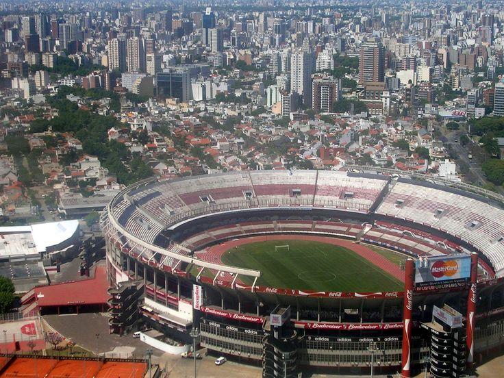 Fotografia aerea del barrio de Nuñez se encuentra el estadio Monumental de River Plate