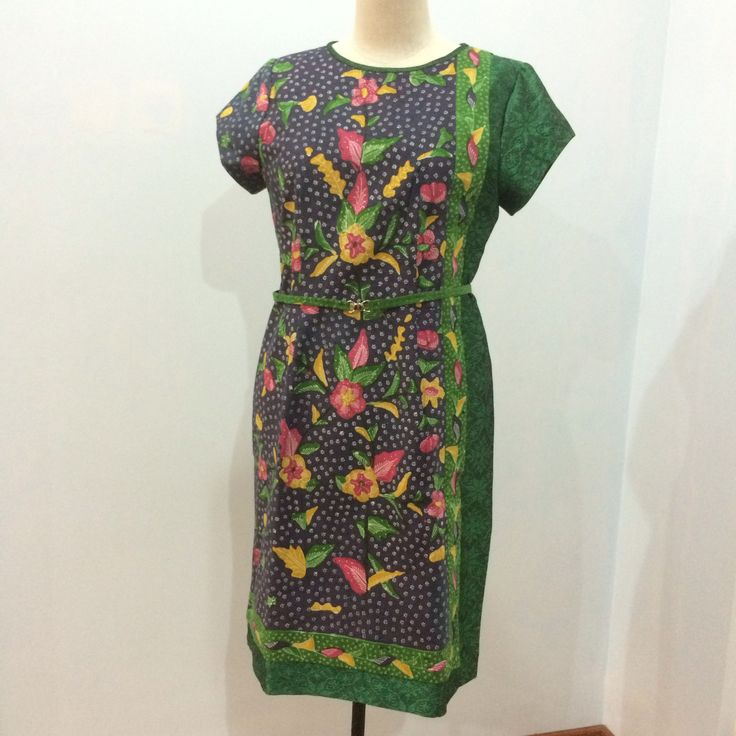 Lulu dress from Batik tulis Cirebon and doby cotton combination. Dress is made by Dongengan (Facebook: https://m.facebook.com/dongengan)