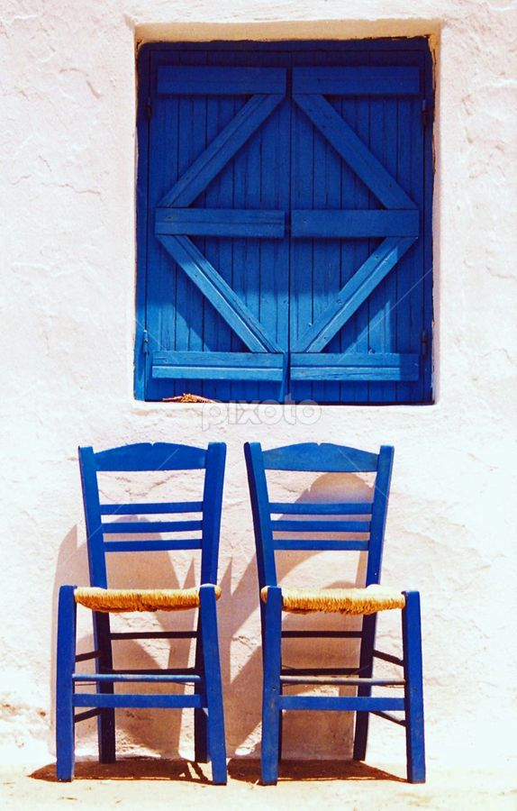 kafenio #chairs Aegean Blue, Cyclades, #Greece https://www.facebook.com/photo.php?fbid=497862793636626&set=pb.431734006916172.-2207520000.1383747905.&type=3&theater