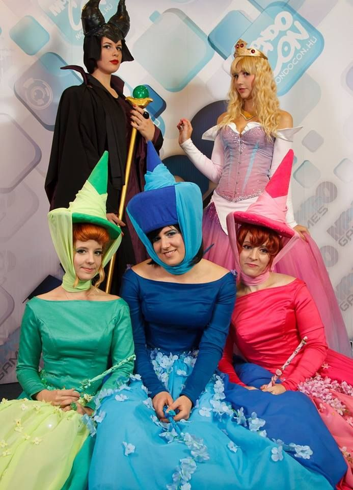Sleeping Beauty Cosplay Team: Fauna, Flora, Merryweather, Aurora and Maleficent - 2014 Autumn Mondocon   #cosplay #sleepingbeauty https://www.facebook.com/pages/ICONOCLAST/136273393049742