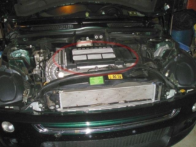 Czyszczenie chłodnicy powietrza - zagrożenia. Dowiedz się więcej na: http://www.autochlodnice.com/artykuly/czyszczenie-chlodnicy-powietrza-zagrozenia,34/