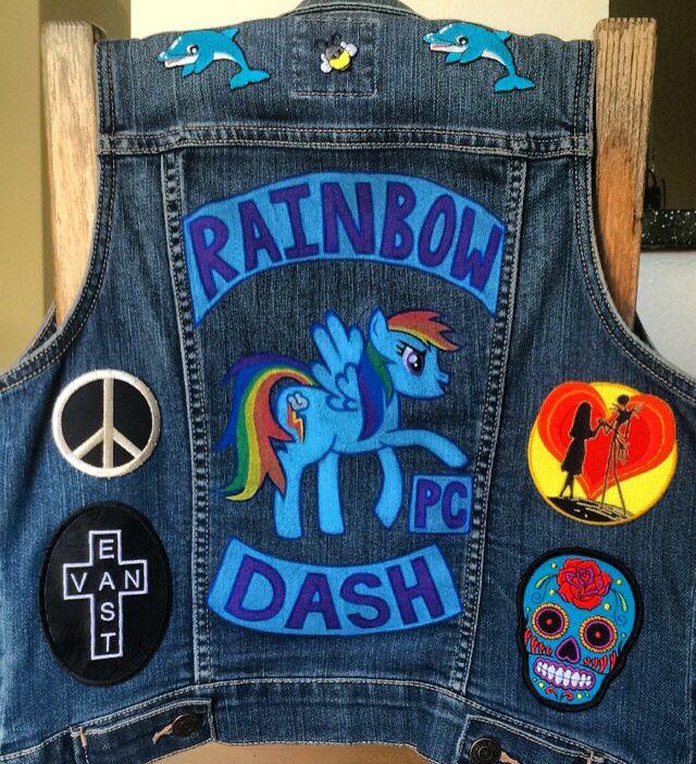 #Official #PonyClub #member!!! ✏️ #Bee #art #artist #creative #custom #handmade #diy #draw #paint @poscagallery #paintpens @mylittlepony #RainbowDash #MyLittlePony #PC #pegasus #pony #cutiemark #rainbow #wings #Brony #Pegasister #patches