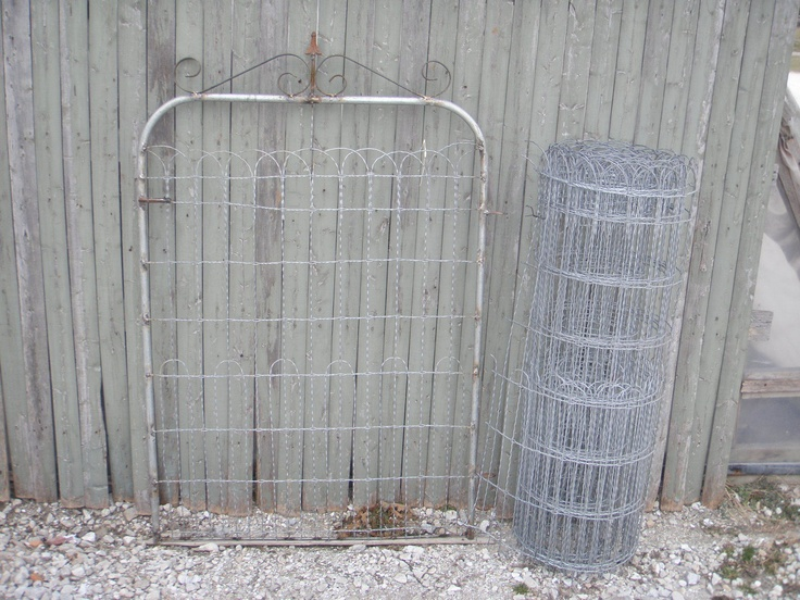 Wire Fence For Yard :  Wire Fencing  Loop Top Garden and Lawn Fence to Enclose your Yard