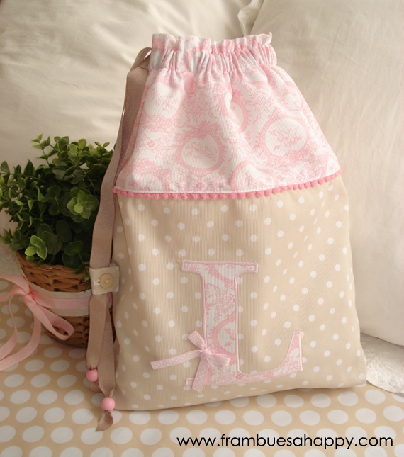 Una preciosa bolsa de merienda para Lola.