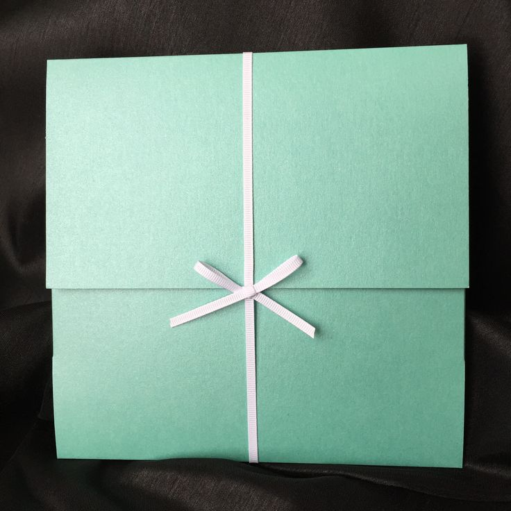 Tiffany's blue pocket folder invitation. Perfection!