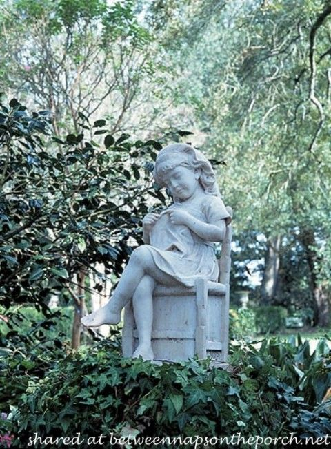 1000 images about statues on pinterest gardens statue. Black Bedroom Furniture Sets. Home Design Ideas