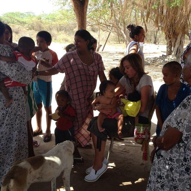 Veo dolor, hambre, tristeza. Los niños de La Guajira tienen hambre, pero sus familias también. No hay en qué trabajar. #NiUnoMas @cataescobarr