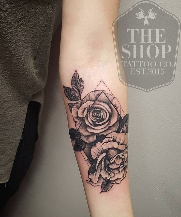 The Shop Tattoo Co best tattoo shop in toronto geometrical tattoo rose tattoo