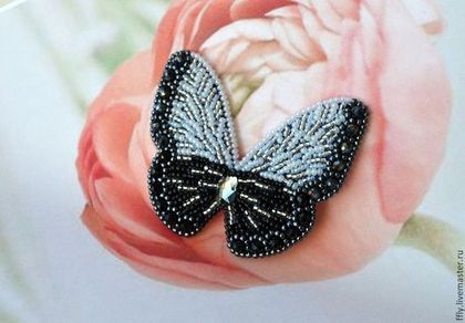 "Брошь ""Black & White"" - чёрно-белый,брошь,брошь из бисера,бабочка,бабочки"