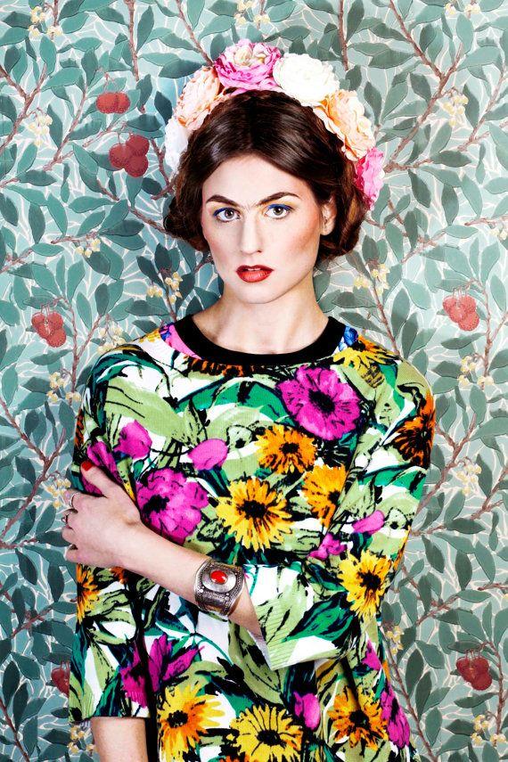 Frida Kahlo costume idea: Pastel Frida Kahlo flower crown, rose hairband, floral hairband
