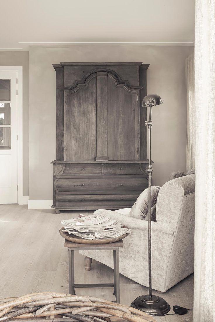 servieskast hoffz - a beautiful piece of furniture