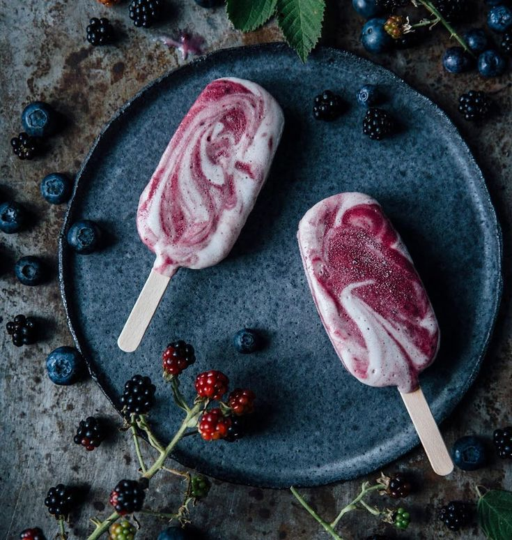 Such a great weather in Berlin - so we are having our blueberry-blackberry ice cream with banana meringue swirls. Recipe in the archive: www.ourfoodstories.com
