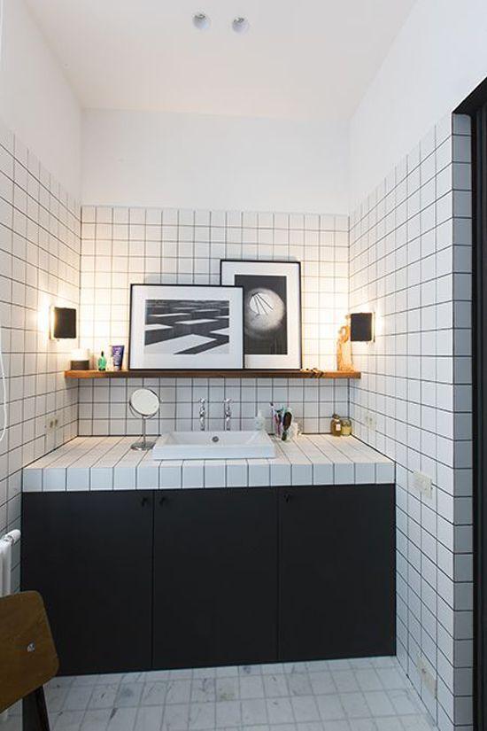 25 beste idee n over donkere badkamers op pinterest for Tegels zonder voeg