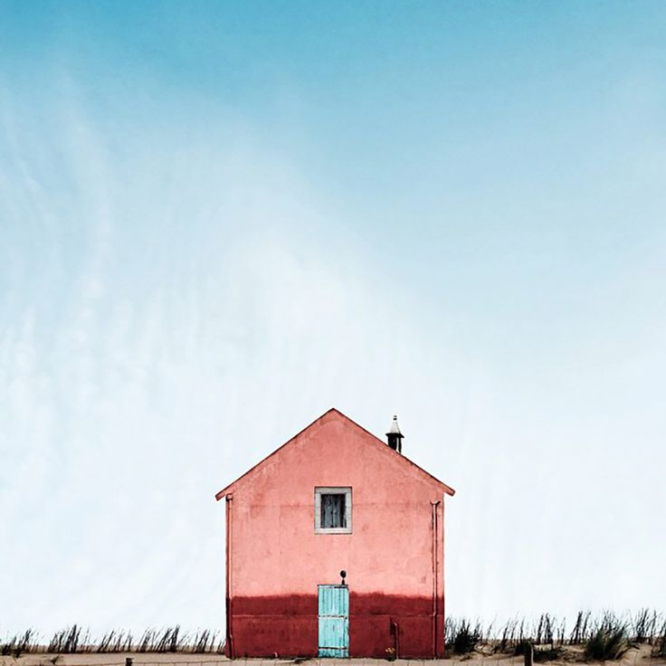 sejkko documents the minimalistic magnificence of portugal's lonely houses