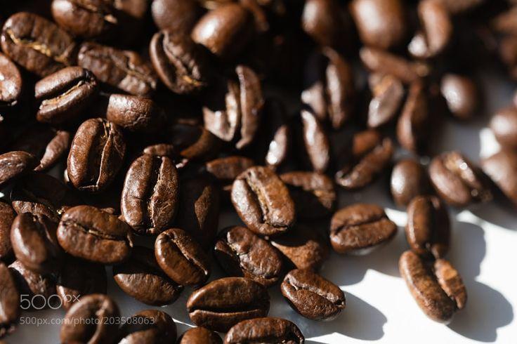 Black coffee grains by lamamassimo
