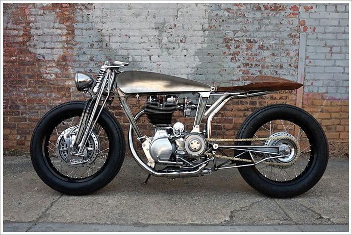 Royal Enfield Bullet 500 - HazanMotorworks - Pipeburn - Purveyors of Classic Motorcycles, Cafe Racers & Custom motorbikes