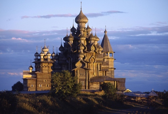 Кижи - Love old russian churches...