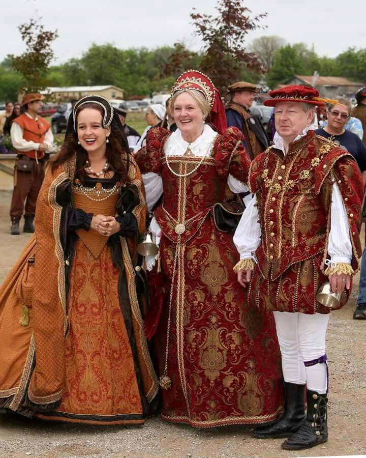 Renaissance Fairs: Renaissance Fair Costumes Ideas