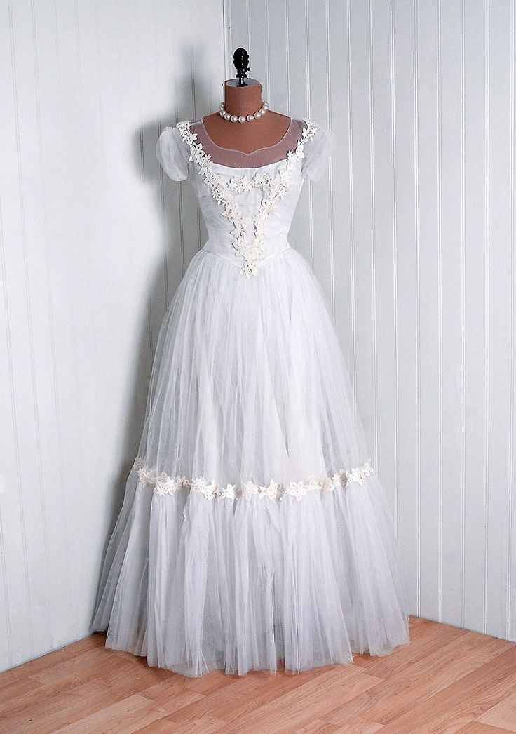 18 best Alice in Wonderland Themed Wedding Inspiration images on ...