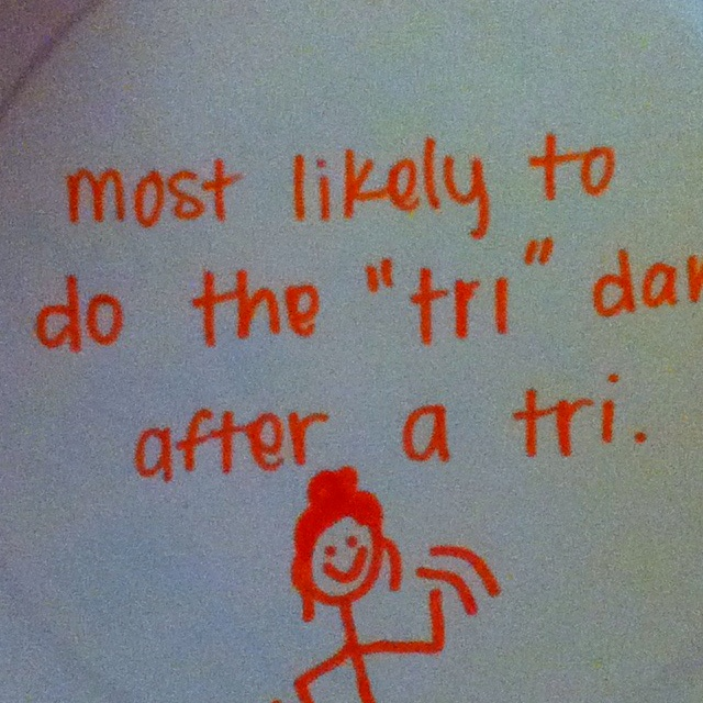 Way cute idea!!! Paper plate awards. We all did these at our rugby team party last night for all the girls. Way cute.