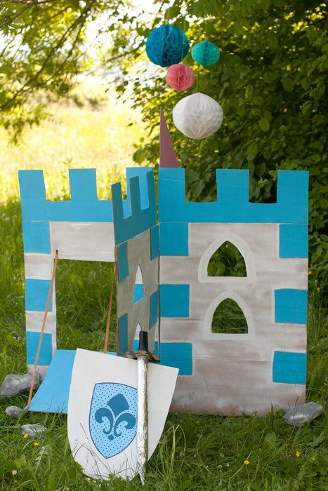 Idee fai da te :: Giochi all'aperto - il castello incantato  Castle of the Knights  summer with kids diy