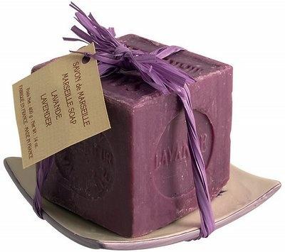 sapone alla lavanda (bel regalo)