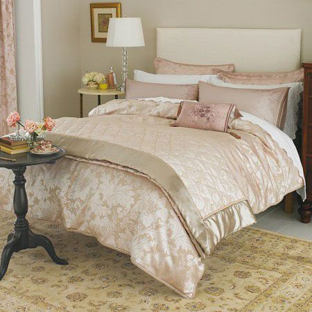1000 images about pink gold and white bedrooms on for Cream and pink bedroom ideas