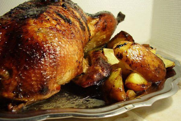 Утка запеченная в духовке, утка с яблоками, утка в рукаве, утка по-пекински, утка в фольге, утка с апельсинами, как приготовить утку, утка запеченная с яблоками, утка запеченная рецепты, утка в духовке рецепты, запеченная утка рецепт, фаршированная утка рецепт, как приготовить утку на новый год