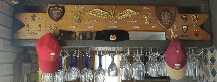 1 Para Bn Officers cap rack
